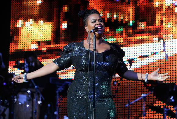Jill Scott performs at the Lyric on Tuesday