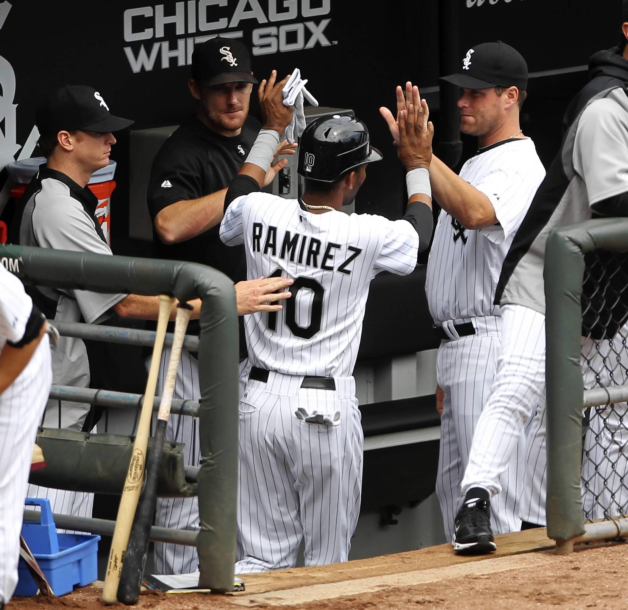 White Sox decline $10 million option on shortstop Alexei Ramirez