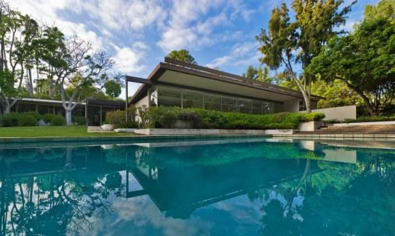 At 7,000 square feet, the Kronish House in Beverly Hills is large for Southern California Neutras.
