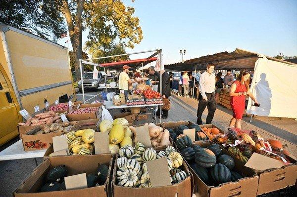 Commuters returning to Western Springs on a Thursday afternoon will find the French Market open at Hillgrove Avenue through October.