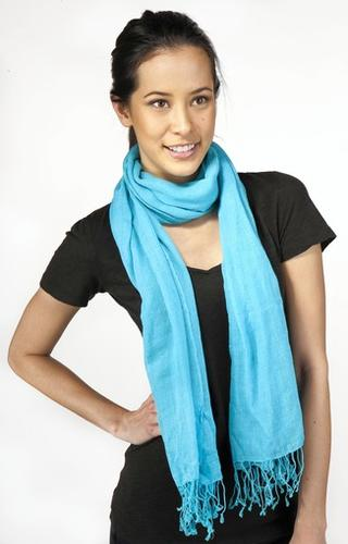 Wrap around your neck once and let ends drape down.