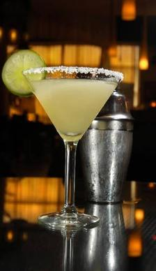 Food allergies (eggs, nuts, seafood) are common, but sometimes alcohol can be just as dangerous. Lime in sunlight may cause skin irritation, resulting in burning. Be careful with those lime margaritas.
