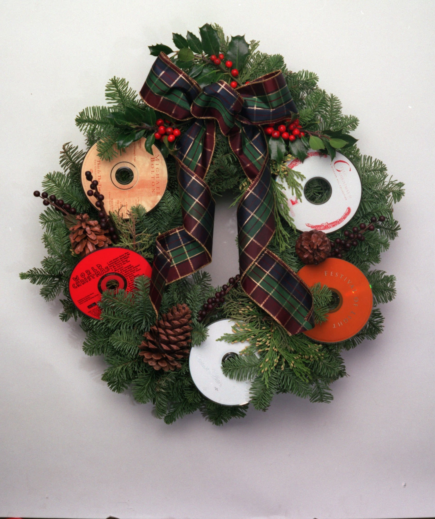 Gift guide 2011: 5 classes for gift-making - Wreath-making workshop