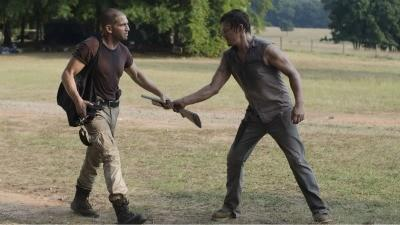 Shane Walsh (Jon Bernthal) and Daryl Dixon (Norman Reedus) like playing with firearms.