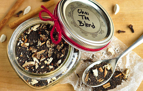 Think tea mixes and cocoa kits. A mug of something warm is so comforting, more so when it's a special blend from a friend.