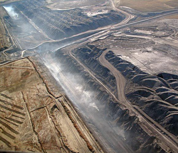 Massive coal mines in the Powder River Basin of Wyoming and Montana supply 40% of the U.S. coal supply, but also 14% of its carbon dioxide emissions. The issue is No. 3 on Vermont Law School's Environmental Watch List.