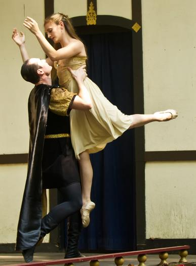 Kathryn Carlson performs this weekend with the Ballet Theatre of Maryland.