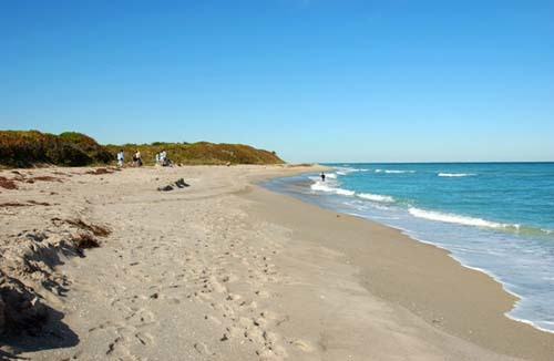 Florida Getaways of the Day - <b>North Palm Beach:</b> McArthur State Park offers lots to do at unspoiled beach
