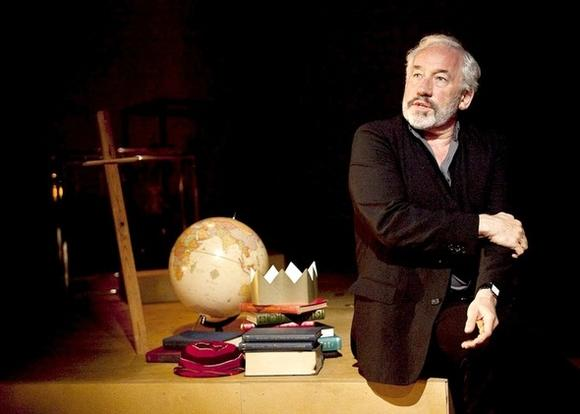 "Simon Callow is coming to Chicago with ""Being Shakespeare."""