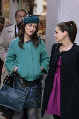 If you missed last week's episode, Blair has decided to marry Louis (again) because she thinks Chuck will die if they're together. Because that makes sense. Luckily Princess Beatrice shows up to make Blair's bachelorette party a little too crazy in the hopes that the wedding will be called off.