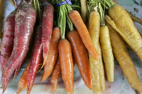 "<a href=""http://www.latimes.com/features/la-fo-carrots-seasonal-cooking-p,0,1315781.story"" target=""_blank""><b>What's hitting its peak in February?</b> Carrots<br> <br> Remember when carrots were orange? Today, you can find them in a surprising assortment of colors: Royal scarlets that are so red they're almost purple; solar carrots that are a sunny yellow; lunar carrots that are pure white; and atomic carrots that are a candy-apple red. Click here for more:</a><br> <br> How to prepare: Glaze carrots by slicing them into medium-thick rounds, then cooking them over medium heat in a covered skillet sprinkled with minced shallots with a little water and a lot of butter. When the carrots become tender, remove the lid from the pan and increase the heat to high to reduce the pan juices and butter to a glaze. Keep a sharp look out to keep from scorching.<br> <br> <b>RELATED:</b><br> <br> <a href=""http://www.latimes.com/features/food/la-fo-seasonal-cooking-pg,0,5765260.photogallery"">Market fresh: Cooking through the seasons</a><br> <br> <a href=""http://projects.latimes.com/farmers-markets/""><b>INTERACTIVE MAP:</b> Find your local farmers market</a><br> <br> <a href=""http://www.latimes.com/features/food/la-fo-recipeindexarchive2008,0,5938840.storygallery"">More recipes from the L.A. Times Test Kitchen</a><br> <br> <a href=""http://www.latimes.com/features/food/la-fo-wow-sg,0,6588103.photogallery"">Pick out a wine with Times restaurant critic S. Irene Virbila</a><br> <br> <a href=""http://www.latimes.com/features/printedition/food/la-fo-sos-sg,0,767293.storygallery"">Want a restaurant's recipe? Culinary SOS to the rescue</a>"