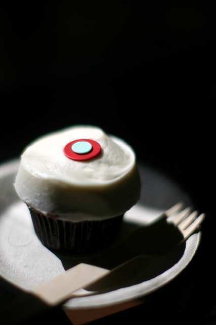 A Sprinkles cupcake. The vending machine will also sell mixes, apparel and other goods.