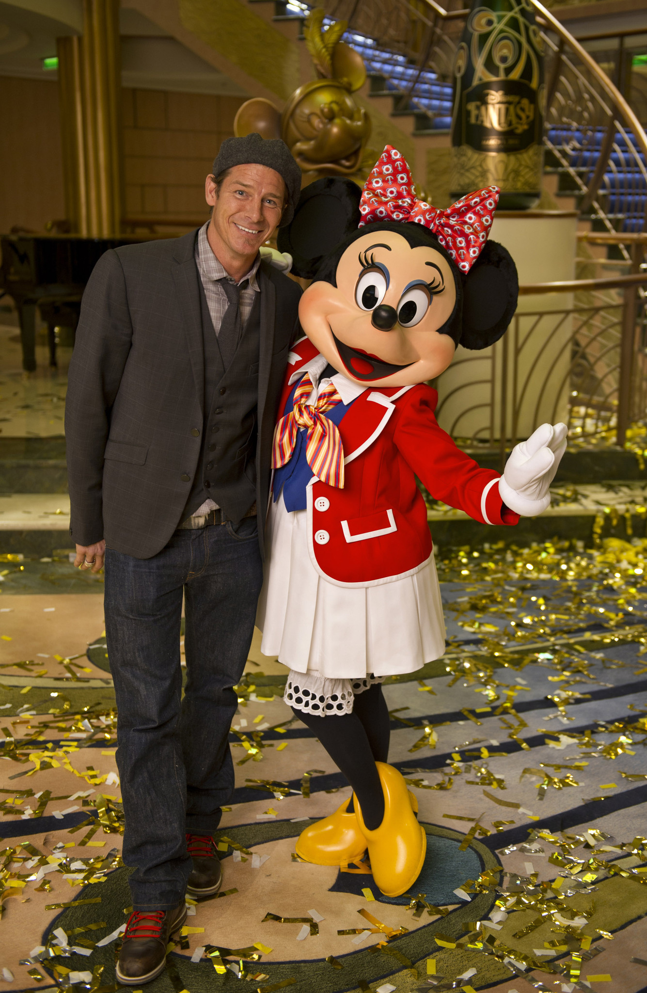 Florida Cruise Guide: Disney Fantasy pictures - Disney Fantasy christening -- Ty Pennington