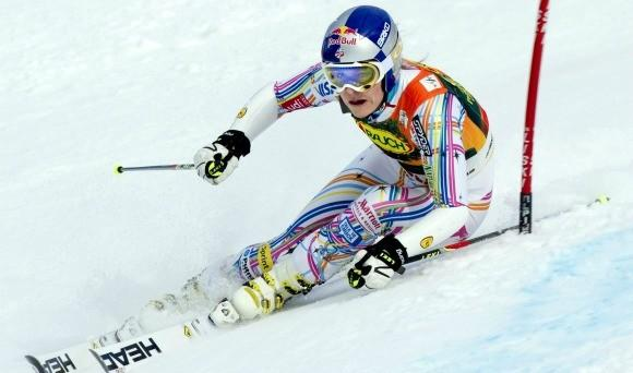 Lindsey Vonn winning Friday's giant slalom