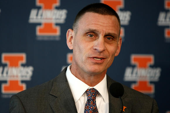 Illinois Athletics Director Mike Thomas announces the firing of head basketball coach Bruce Weber Friday. (Ben Woloszyn/photo for the Chicago Tribune)
