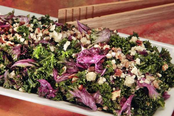 Kale salad with farro