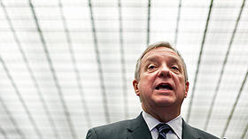 Durbin pushes reforms to help capture fugitives