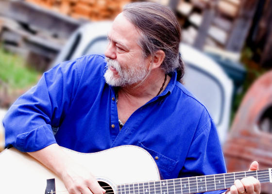 Blues musician and historian Scott Ainslie is scheduled to perform at Thomas Nelson Community College.