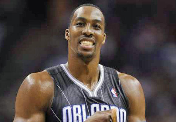 It s official  Dwight Howard to remain with Orlando Magic - latimes d97eb155c