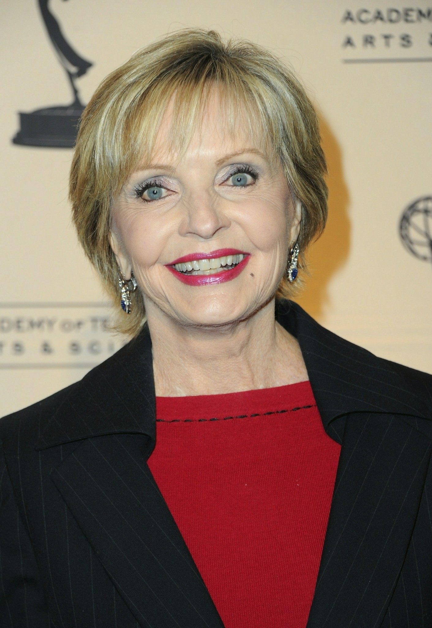 Pictures: Cruise ship godmothers - Florence Henderson