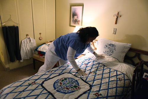 Home heath aides look after people in need of around-the-clock care, such as critically ill patients or older adults. The work is both physically and emotionally demanding and often requires overnight shifts.<br /> <strong>Median hourly wages:</strong> $9.84