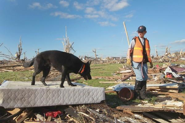 Joplin, Missouri Reels After F5 Tornado Devastates Town, Kills 125