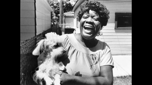 Rick Kogan: This is blues great Koko Taylor. In 1988, I was sent to her South Side home to spend the day with her and with a photographer named Charles Osgood. I had never met either of these people.