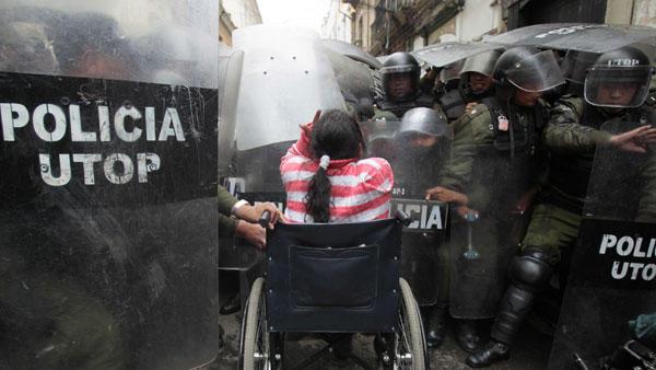 Riots in La Paz