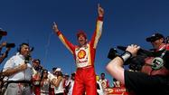 Castroneves wins as IndyCar returns to the track for the first time since Wheldon's death
