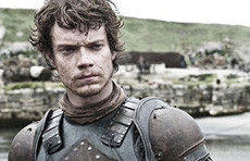 Theon Greyjoy (Alfie Allen)