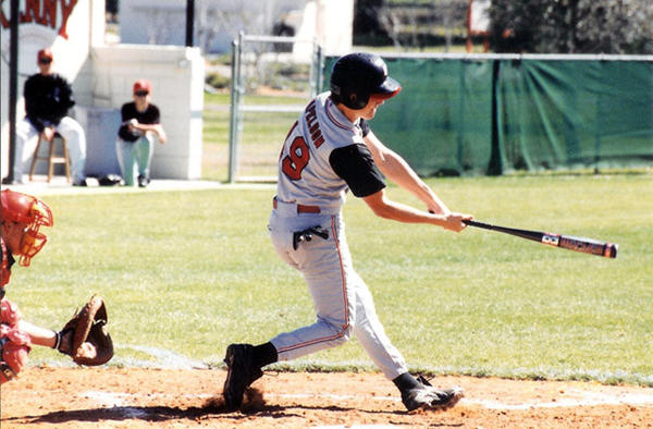 Jonathan Papelbon playing baseball in high school.
