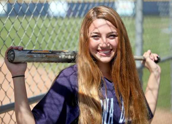 Corona del Mar High's Amanda Penna is the Daily Pilot High School Athlete of the Week.