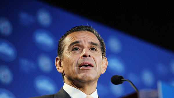 Former Los Angeles Mayor Antonio Villaraigosa
