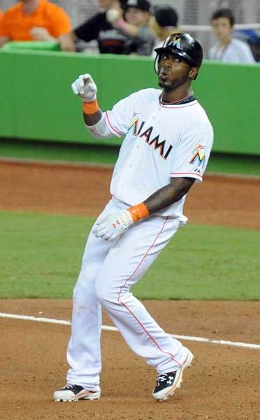 Jose Reyes reacts to hitting a single and breaking up a no-hitter by the Cardinals in the 7th inning.