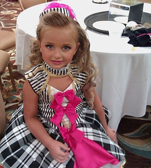 Toddlers & Tiaras: The best quotes ever: Pageants can paint her way to something else, like a jewelry line, a candy line or even just painting her way to success. -- Isabellas mommy, Susanna.