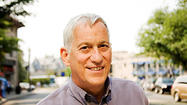 Few nonfiction writers think bigger than Walter Isaacson, who has taken on subjects like Henry Kissinger, Benjamin Franklin and Albert Einstein. But when Apple founder Steve Jobs invited him in 2004 to write a complete and frank biography, Isaacson held back.