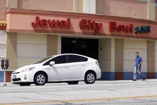 The state agency in charge of Superior Court system recently said that they will no longer consider demolishing Jewel City Bowl in Glendale.