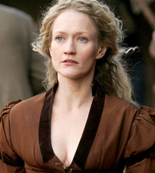 "<b>Played by</b>: Paula Malcomson <BR><BR><B>Tricks</b>: There were many prostitutes in the mining camp town of Deadwood, but none captured hearts more than Trixie (Malcomson), the girl under Al Swearengen's (<a class=""taxInlineTagLink"" id=""PECLB003195"" title=""Ian McShane"" href=""/topic/entertainment/ian-mcshane-PECLB003195.topic"">Ian McShane</a>) thumb who catches the eye of Sol Star (<a class=""taxInlineTagLink"" id=""PECLB002275"" title=""John Hawkes"" href=""/topic/entertainment/john-hawkes-PECLB002275.topic"">John Hawkes</a>)."