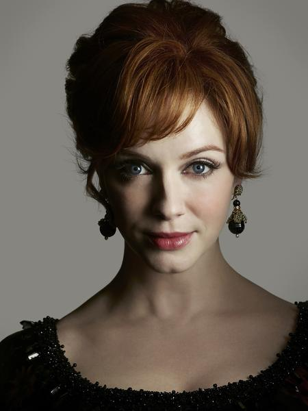 Christina Hendricks, a badass Joan Harris this episode.