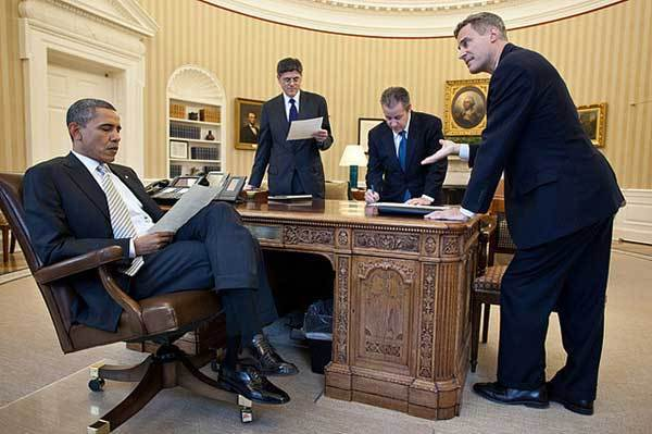 President Barack Obama meets with, left to right, Chief of Staff Jack Lew, Gene Sperling, Director of the National Economic Council, and Alan Krueger, Council of Economic Advisers Chair, in the Oval Office, March 8, 2012.