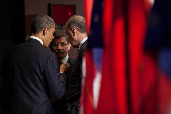 President Barack Obama talks with Prime Minister Recep Tayyip Erdogan of Turkey, right, following their bilateral meeting at the Grand Hyatt hotel in Seoul, Republic of Korea, March 25, 2012.