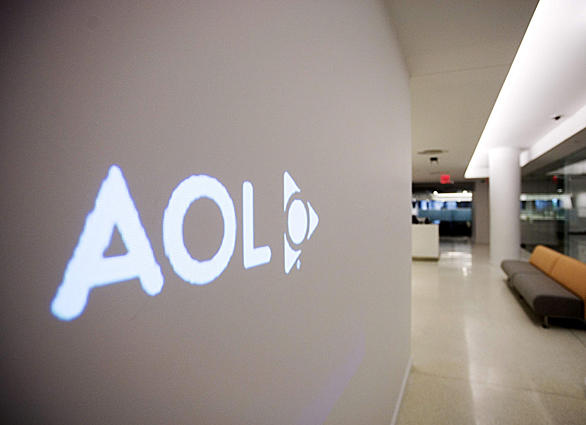 AOL has sold 800 patents to Microsoft in a $1.06-billion deal.