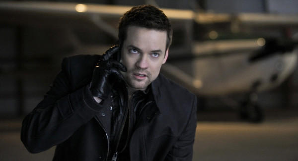 "Hang up the phone and get on that plane, Shane West, ""Nikita"" fans are expecting you at C2E2."