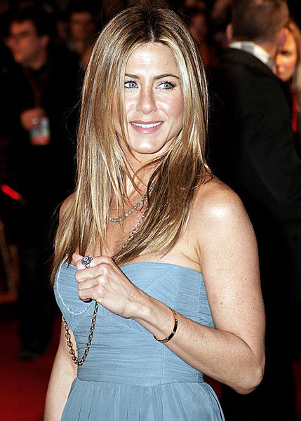 Celebrities With Stalkers: Alec Baldwin, Miley Cyrus, Jennifer Aniston and more: Jennifer Aniston