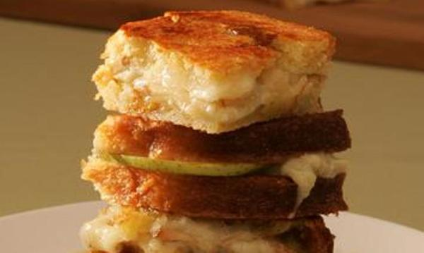 "April is National Grill Cheese month. Celebrate with these recipes from the L.A. Times Test Kitchen including: <a href=""http://www.latimes.com/features/la-fo-grilledcheeserec3aug08,0,629208.story"" target=""_blank"">Grilled blue cheese and pear on raisin brioche</a>."