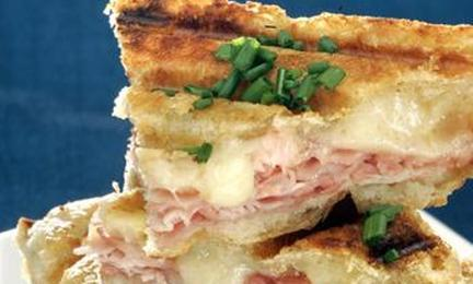 recipe croque monsieur grilled ham and cheese la times. Black Bedroom Furniture Sets. Home Design Ideas