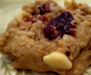 "The ""Red, White and Oh That's a Good Cookie"" features dried cherries and white chocolate."
