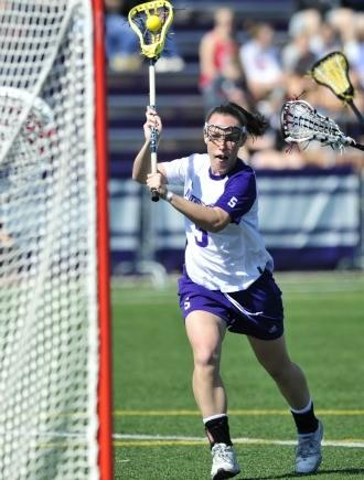 Casey Bocklet scoring earlier this season. (Courtesy Northwestern Athletics)
