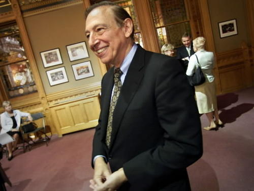 Robert Gallo<br><br>Waterbury native Dr. Robert C. Gallo contributed to the discovery of the Human Immunodeficiency Virus and its role in AIDS. Now director of the Institute of Human Virology at the  University of Maryland School of Medicine, he will speak May 5 at the UConn graduate studies commencement ceremony.