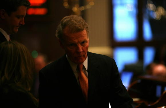 Speaker Madigan's pension restriction bill passes House